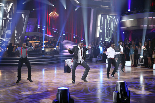 "<div class=""meta ""><span class=""caption-text "">Mwano Family Dance performs on 'Dancing With the Stars: The Results Show,' Tuesday, Oct. 19, 2010. (ABC Photo/Adam Larkey)</span></div>"