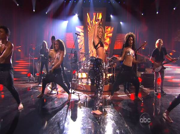 "<div class=""meta ""><span class=""caption-text "">Shakira stopped by and sang her single 'Loca' on 'Dancing With the Stars: The Results Show,' Tuesday, Oct. 19, 2010. (KABC Photo)</span></div>"