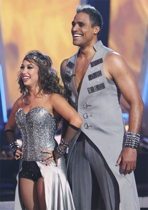 Rick Fox and Cheryl Burke perform on &#39;Dancing With the Stars,&#39; Monday, Oct. 25, 2010. The judges gave the couple 24 out of 30 for individual and 6 points for the dance marathon for a total of 30. <span class=meta>(ABC Photo&#47;Adam Larkey)</span>