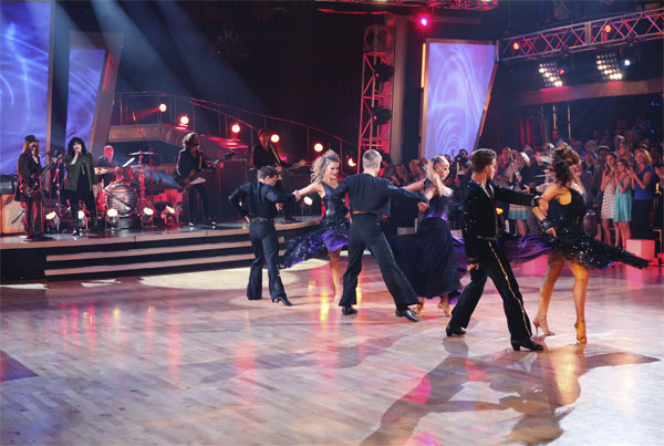 Legendary rock and roll band Heart played its iconic hit, &#39;Barracuda,&#39; accompanied by &#39;Dancing With the Stars&#39; pros Louis van Amstel, Karina Smirnoff, Derek Hough, Chelsie Hightower, Damian Whitewood and Peta Murgatroyd, on &#39;Dancing With the Stars: The Results Show,&#39; Tuesday, Oct. 26, 2010. <span class=meta>(ABC Photo&#47;Adam Larkey)</span>