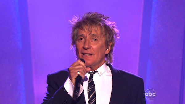 Rod Stewart performed on &#39;Dancing With the Stars: The Results Show,&#39; Tuesday, Nov. 2, 2010. <span class=meta>(KABC Photo)</span>