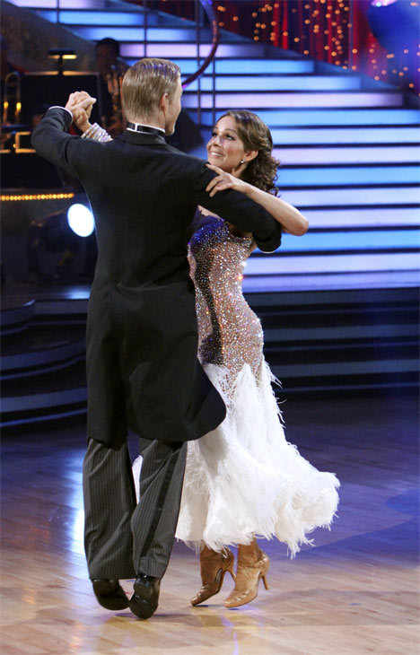 "<div class=""meta ""><span class=""caption-text "">Jennifer Grey and Derek Hough perform on 'Dancing With the Stars,' Monday, Nov. 8, 2010. The judges gave the couple 27 out of 30 for their quickstep and 30 points out of 30 for their 'instant dance.' The couple earned a total of 57 out of 60.  (ABC Photo/Adam Larkey)</span></div>"