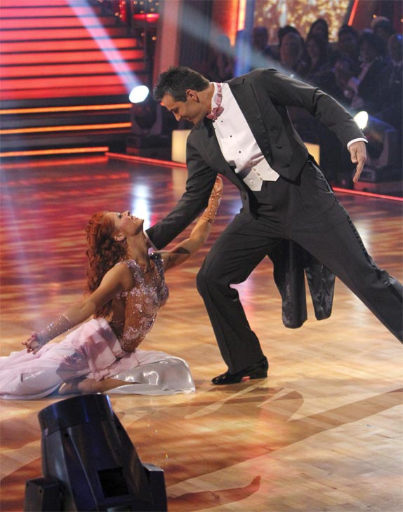 "<div class=""meta image-caption""><div class=""origin-logo origin-image ""><span></span></div><span class=""caption-text"">Kurt Warner and Anna Trebunskaya perform on 'Dancing With the Stars,' Monday, Nov. 8, 2010. The judges gave the couple 24 out of 30 for their waltz and 24 points out of 30 for their 'instant dance.' The couple earned a total of 48 out of 60.  (ABC Photo/Adam Larkey)</span></div>"