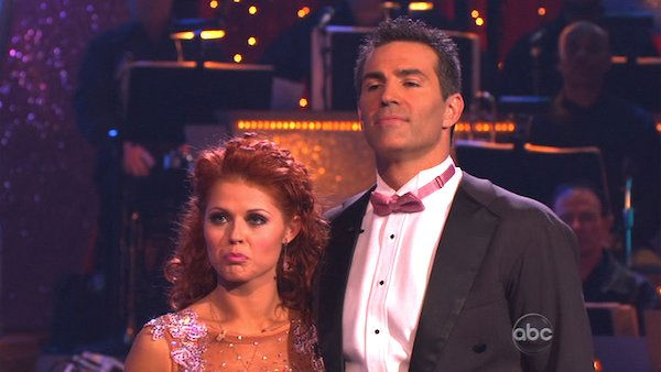 Kurt Warner and Anna Trebunskaya perform on &#39;Dancing With the Stars,&#39; Monday, Nov. 8, 2010. The judges gave the couple 24 out of 30 for their waltz and 24 points out of 30 for their &#39;instant dance.&#39; The couple earned a total of 48 out of 60.  <span class=meta>(KABC Photo)</span>