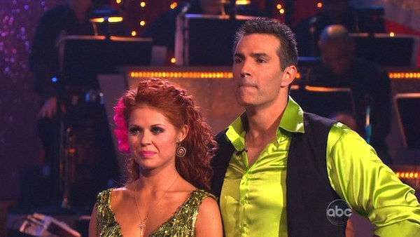 "<div class=""meta ""><span class=""caption-text "">Kurt Warner and Anna Trebunskaya perform on 'Dancing With the Stars,' Monday, Nov. 8, 2010. The judges gave the couple 24 out of 30 for their waltz and 24 points out of 30 for their 'instant dance.' The couple earned a total of 48 out of 60.  (KABC Photo)</span></div>"