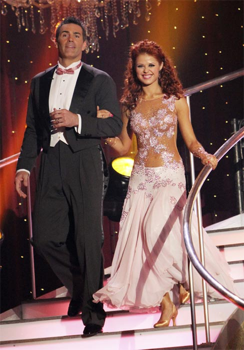 "<div class=""meta ""><span class=""caption-text "">Kurt Warner and Anna Trebunskaya on 'Dancing With the Stars,' Monday, Nov. 8, 2010. (ABC Photo/Adam Larkey)</span></div>"