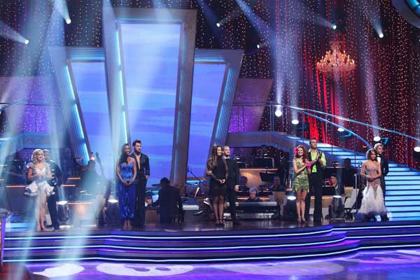 Lacey Schwimmer, Kyle Massey, Brandy, Maksim Chmerkovskiy, Bristol Palin, Mark Ballas, Anna Trebunskaya, Kurt Warner, Jennifer Grey, and Derek Hough wait to hear their fate on &#39;Dancing With the Stars: The Results Show,&#39; Tuesday, Nov. 9, 2010. <span class=meta>(ABC Photo&#47; Adam Larkey)</span>