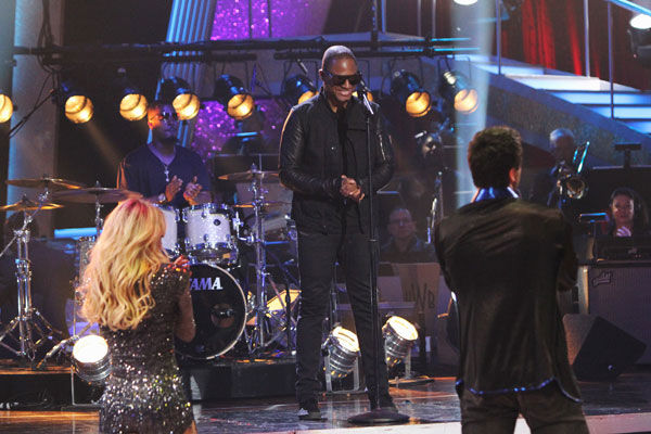 Taio Cruz stopped by and performed new single...
