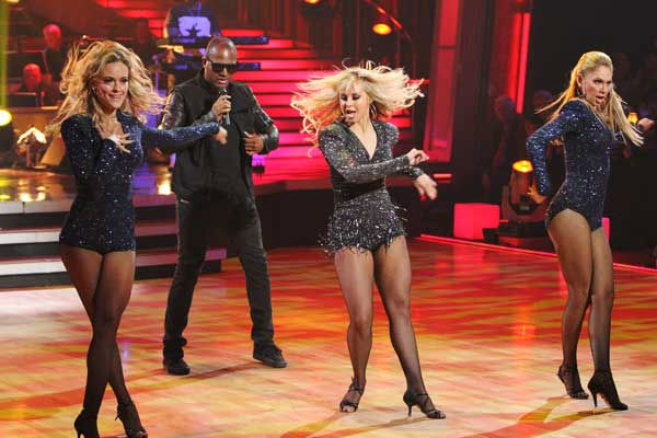 Taio Cruz stopped by and performed new single 'Dynamite' on 'Dancing With the Stars: The Results Show,' Tuesday, Nov. 9, 2010.