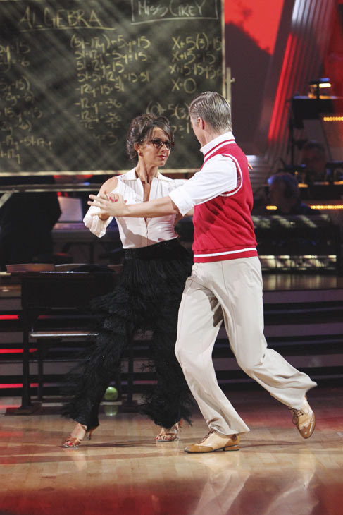 Jennifer Grey and Derek Hough perform on 'Dancing With the Stars,' Monday, Oct. 4, 2010. The judges gav
