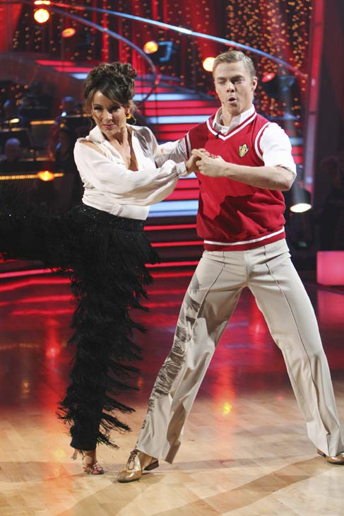 "<div class=""meta image-caption""><div class=""origin-logo origin-image ""><span></span></div><span class=""caption-text"">Jennifer Grey and Derek Hough perform on 'Dancing With the Stars,' Monday, Oct. 4, 2010. The judges gave the couple 24 points out of 30. (ABC Photo/ Adam Larkey)</span></div>"
