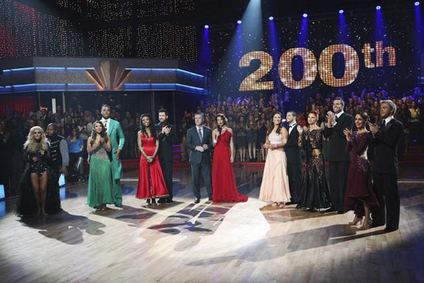 "<div class=""meta image-caption""><div class=""origin-logo origin-image ""><span></span></div><span class=""caption-text"">The remaining contestants of season 11 of 'Dancing With the Stars' appear on the 200th episode - week 7 of the competition. (KABC Photo)</span></div>"