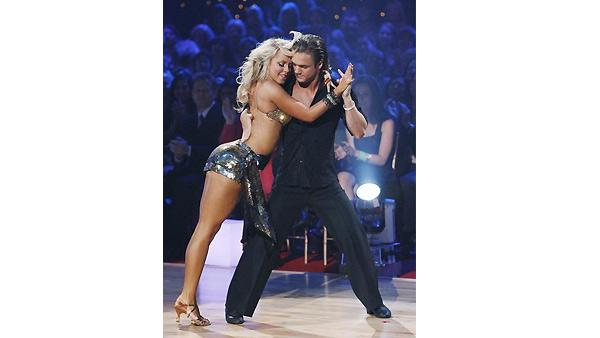 Louie Vito, Chelsie Hightower on 'Dancing With the Stars', Oct. 5, 2009