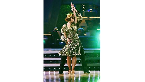 Kelly Osbourne, Louis Van Amstel on 'Dancing With the Stars', Oct. 5, 2009