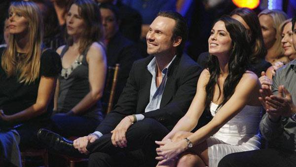 Christian Slater, Michelle Borth in audience at 'Dancing With the Stars: The Results Show,' Oct. 6, 2009