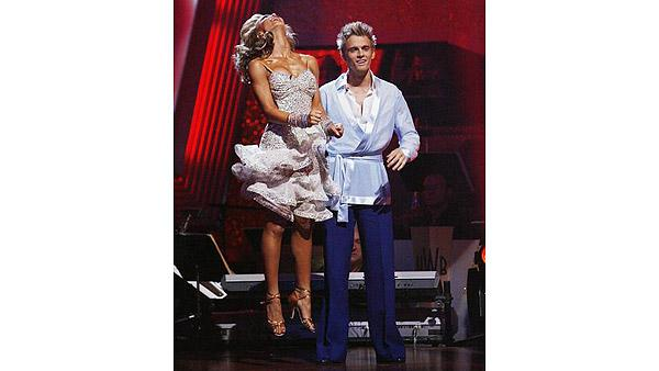 Aaron Carter, Karina Smirnoff on 'Dancing With the Stars: The Results Show,' Oct. 6, 2009