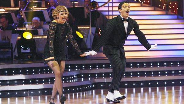 Melissa Joan Hart and Mark Ballas perform during 'Dancing With the Stars,' Oct. 12, 2009