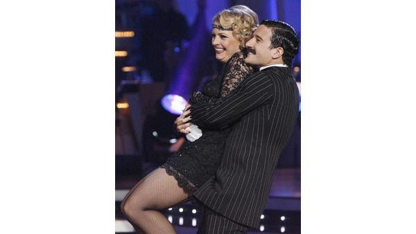 Melissa Joan Hart and Mark Ballas perform d