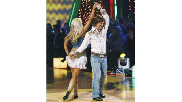 Louie Vito and Chelsie Hightower perform during 'Dancing With the Stars,' Oct. 12, 2009