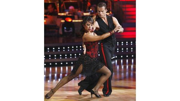 Pro dancers perform on 'Dancing With the Stars,' Oct. 13, 2009
