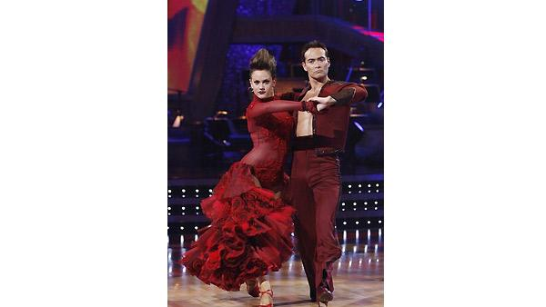 Mark Dacascos and Lacey Schwimmer perform on 'Dancing With the Stars', Monday, October 19, 2009.