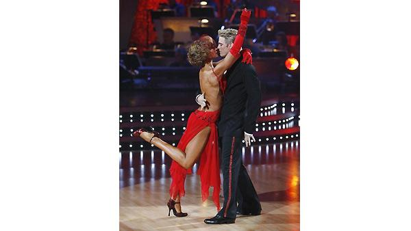 Aaron Carter and Karina Smirnoff  perform on 'Dancing With the Stars', October 19, 2009