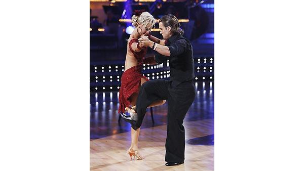 Louie Vito and Chelsie Hightower perform on 'Dancing With the Stars', October 19, 2009