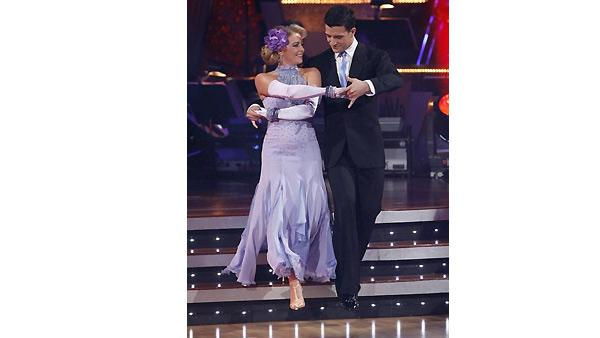 Melissa Joan Hart and Mark Ballas perform during 'Dancing With the Stars,' October 26, 2009