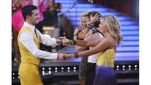 Last dance for two coupless eliminated on 'Dancing With the Stars,' Oct. 27, 2009