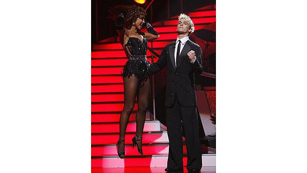 Aaron Carter and Karina Smirnoff react on 'Dancing With the Stars,' Oct. 27, 2009