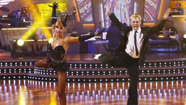 Aaron Carter and Karina Smirnoff perform on 'Dancing With the Stars,' Nov. 3, 2009