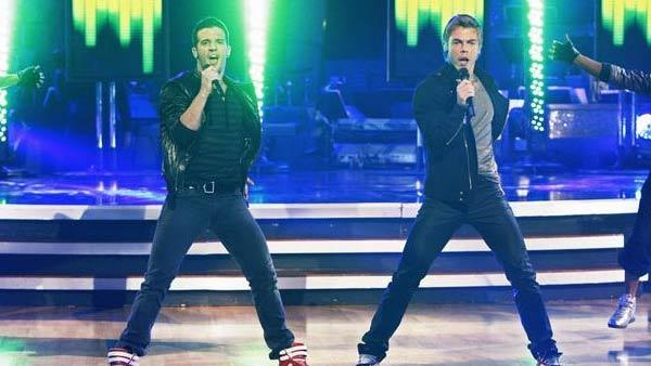 Dancers Mark Ballas and Derek Hough debuted as the Ballas Hough Band on 'Dancing' Nov. 3 2009