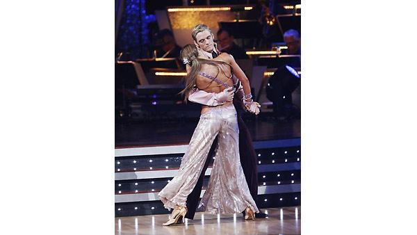 Aaron Carter and Karina Smirnoff perform during 'Dancing With the Stars,' November 9, 2009