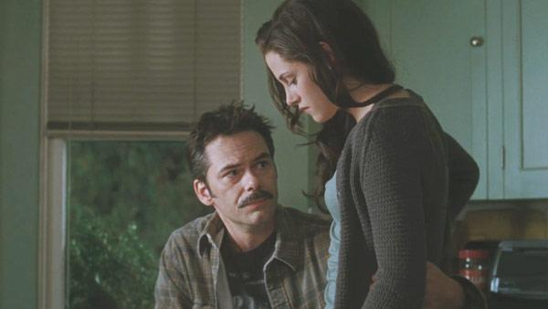 Billy Burke and Kristen Stewart in a scene from 'The Twilight Saga: Eclipse.'