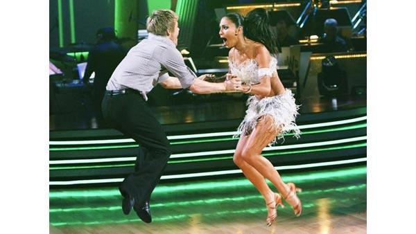 Nicole Scherzinger and Derek Hough perform an encore of their performance from the night before on 'Dancing With the Stars: The Results Show,' Tuesday, March 30, 2010.