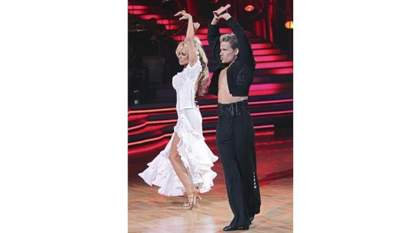 Pamela Anderson and Damian Whitewood perform on 'Dancing With the St