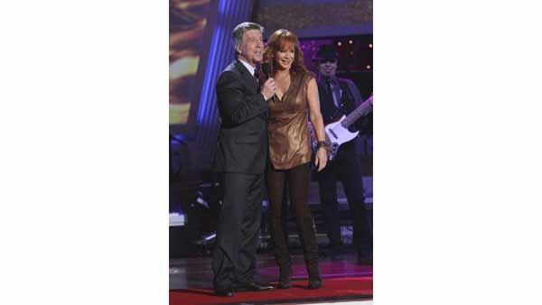 Country Superstar Reba McEntire performs on the results show of week three of 'Dancing With the Stars.'