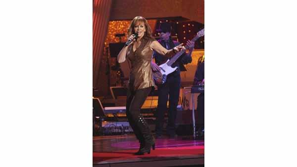 Country Superstar Reba McEntire performs on the results show of week th