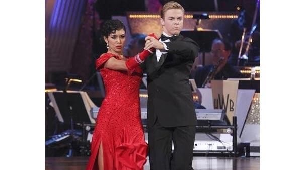 Singer Nicole Scherzinger and partner Derek Hough perform on week five of 'Dancing With the Stars,' Monday April 19, 2010. The judges gave the couple 29 points out of 30.