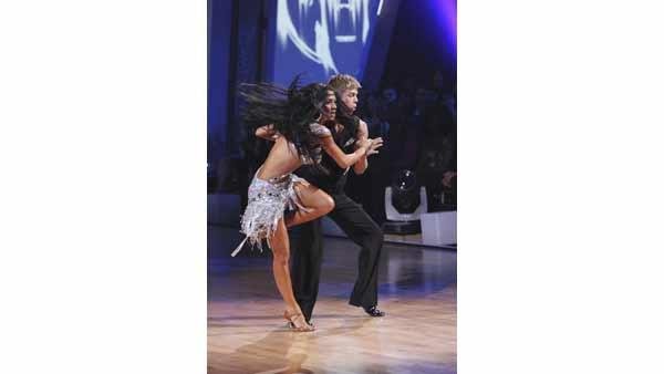 Nicole Scherzinger and Derek Hough gave an encore performance of their 'Lady Gaga' group cha-cha on 'Dancing With the Stars: The Results Show,' Tuesday, May 4, 2010.