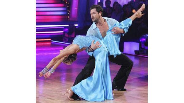 Erin Andrews and partner Maksim Chmerkovskiy performed a Viennese Waltz on week nine of 'Dancing With the Stars,' Monday, May 17, 2010. The judges gave the couple 27 points out of 30.