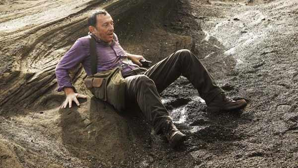 Ben Linus (Michael Linus) appears to have been backed into a corner. Very unlike Ben.