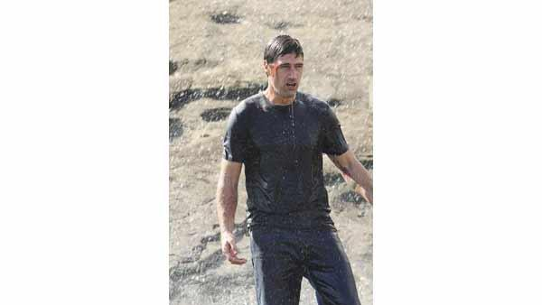Jack Shepard (Matthew Fox) - baptism by water.
