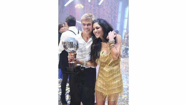 Nicole Scherzinger and Derek Hough were deemed the winners of 'Dancing With the Stars' season 10 on Tuesday, May 25.