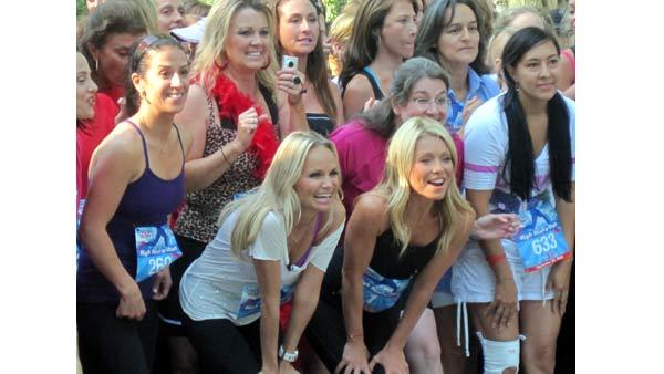 Kelly Ripa and actress Kristin Chenoweth take their spots at the head of the race group at the High Heel-a-thon.