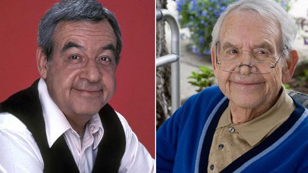 Tom Bosley played Howard Cunningham, the father, on the 1970s sitcom 'Happy Days.' Bosley passed away Oct. 19, 2010.