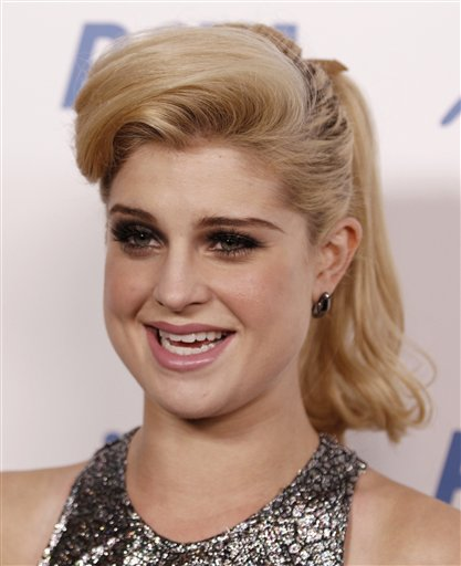"<div class=""meta ""><span class=""caption-text "">Kelly Osbourne arrives at PETA's 30th Anniversary Gala and Humanitarian Awards in Los Angeles on Saturday, Sept. 25, 2010. (AP Photo/Matt Sayles)</span></div>"
