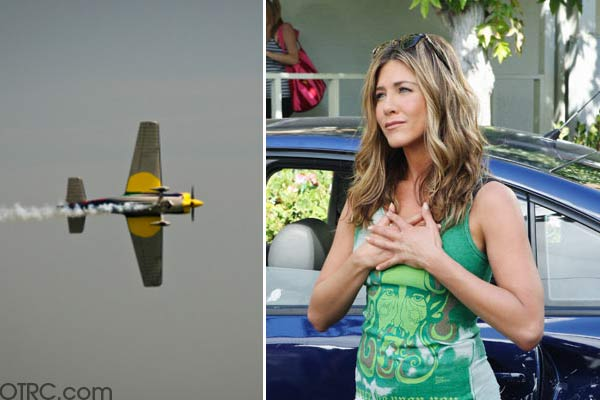 "<div class=""meta ""><span class=""caption-text "">Jennifer Aniston is scared of flying. (Pictured: Jennifer Aniston in a scene from 'Cougar Town.') (facebook.com/pages/Gene-Simmons-KISS / flickr.com/photos/crumj)</span></div>"
