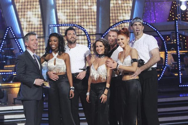 Brandy, Jennifer Grey, and Kurt Warner perform on Team Apolo for the cha cha dance off on 'Dancing With the Stars,' Monday, Nov. 1, 2010. The team scored a total of 27 out of 30 for their performance.