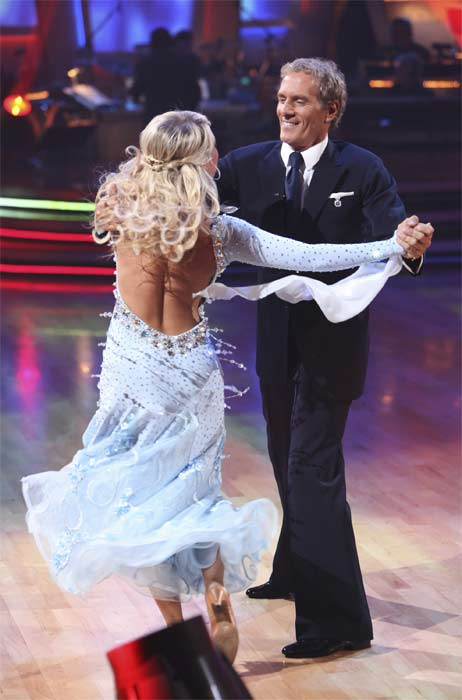 Michael Bolton and Chelsie Hightower perform on &#39;Dancing With the Stars,&#39; Monday, Sept.  20, 2010. The judges gave the couple 16 points out of 30. <span class=meta>(ABC Photo&#47; Adam Larkey)</span>